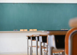 Σαρηγιάννης για άνοιγμα σχολείων: Σε κίνδυνο η δια ζώσης επαναλειτουργία τους από το άνοιγμα της εστίασης