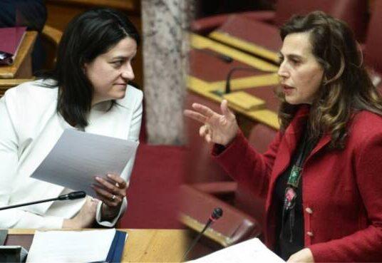 Κεραμέως-Κεφαλίδου για Τηλεπαίδευση στη Βουλή: Τι συζητήθηκε για τα tablets-Παράθεση στοιχείων